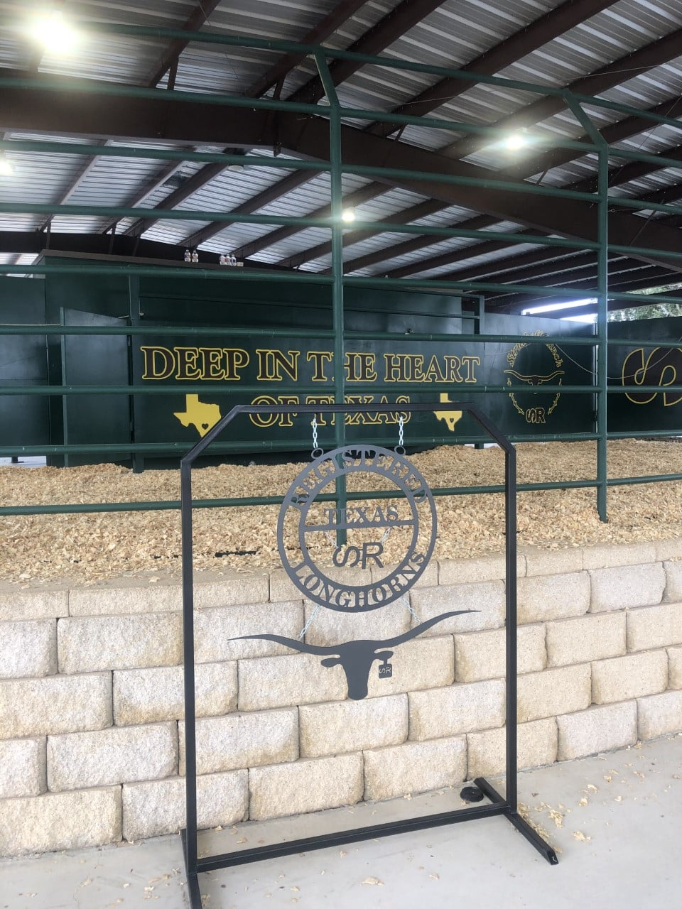 The set up at Struthoff Ranch is top-notch! Look for next year's sale date and make plans to attend!