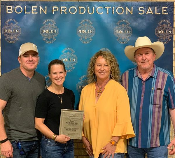 Bolen Production Sale Volume Buyers the Fritz Family with sale hosts Cindy & Brent Bolen.