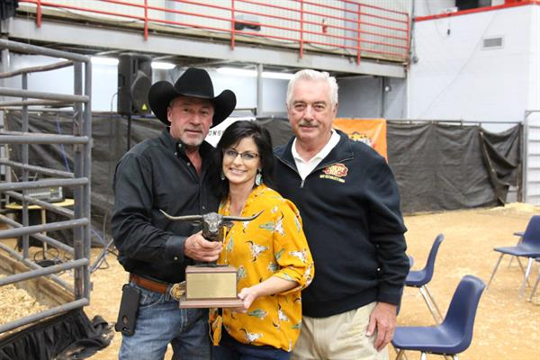 Hired Hand customers and Ultimate Bull Winners Dale Hunt & Sherrill Caddel, Rocking H Longhorns and Don Bartlett, D&C Ranch
