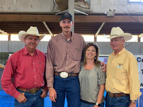 Sale hosts and Hired Hand customers Gary Lake and Stan Searle, Silverado Ranch with Hired Hand customers TJ and Tammy Farnsworth, 7-11 Ranch