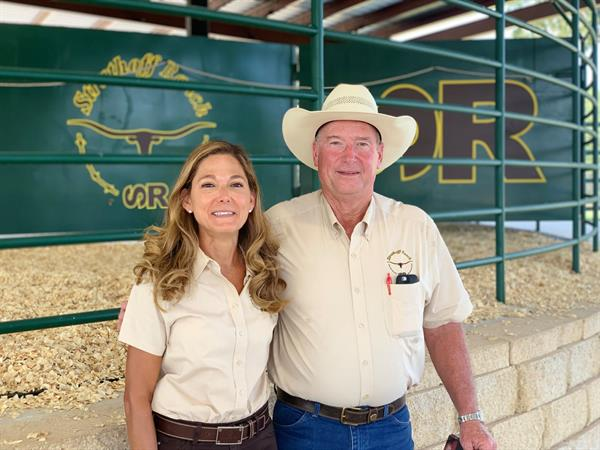 Sale hosts and Hired Hand customers Josie and Lynn Struthoff, Struthoff Ranch